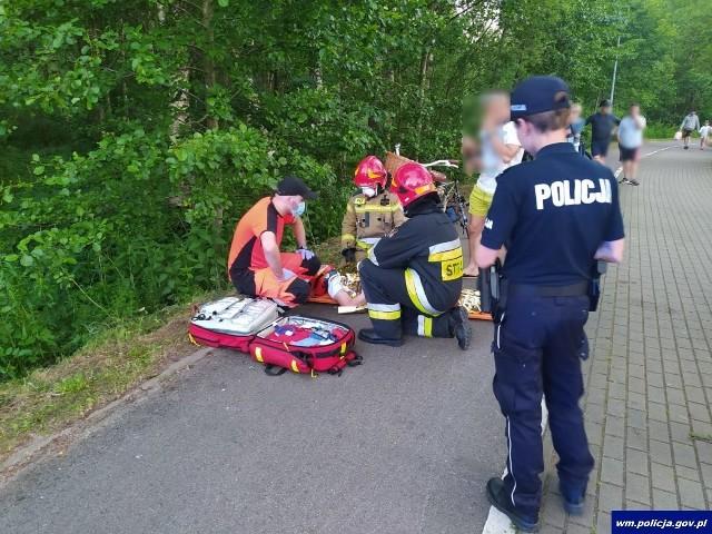 Węgorzewo. Niecodzienny wypadek na ścieżce rowerowej: Czołowe zderzenie dwóch rowerzystek