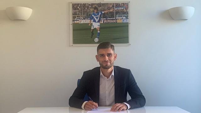 Jakub Łabojko podpisał trzyletni kontrakt z klubem Brescia Calcio. Śląsk Wrocław około 600 tys. euro.