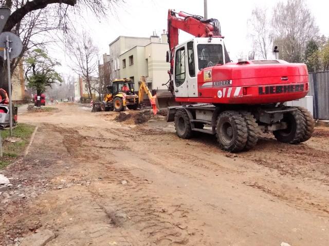 Roboty na ulicy Zacisze dobiegają już końca, to ostatnie prace przed położeniem asfaltu.