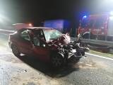 Wypadek na S11 - na zachodniej obwodnicy Poznania koło Rokietnicy zapalił się samochód