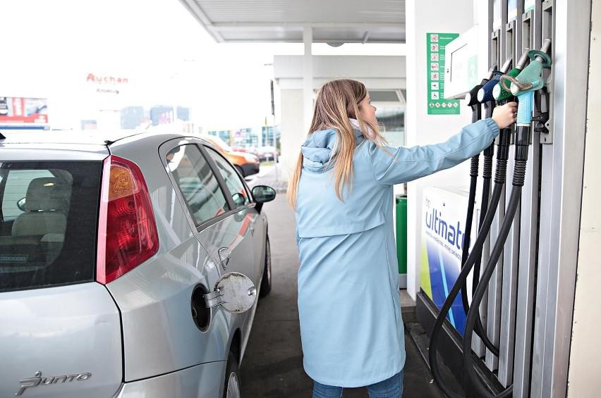 - My mówiliśmy,ze cena paliwa może kształtować się na...