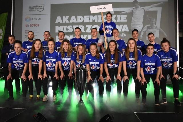 Poznaj drużyny, które wystąpią podczas zmagań w Opolu zarówno wśród futsalistów jak i futsalistek.