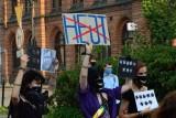 Strajk Wkurzonych w Koszalinie. Młodzi przed siedzibą PiS [zdjęcia]