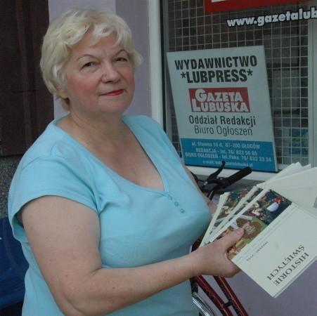 - Dzięki waszemu konkursowi na mojej półce pojawią się ciekawe książki - powiedziała po odbiorze nagrody Helena Kaczmarek.