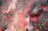 """""""Mistrzowie Europy"""" - wielka feta Liverpoolu po triumfie w Lidze Mistrzów. 750 tys. kibiców na ulicach miasta [ZDJĘCIA]"""