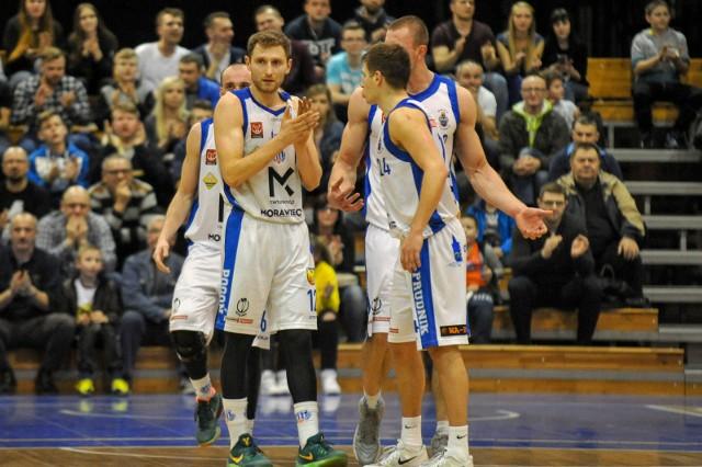 Do Pogoni dołączyło trzech nowych zawodników, trzech zostało, a czterech odeszło. To chyba nie koniec zmian.