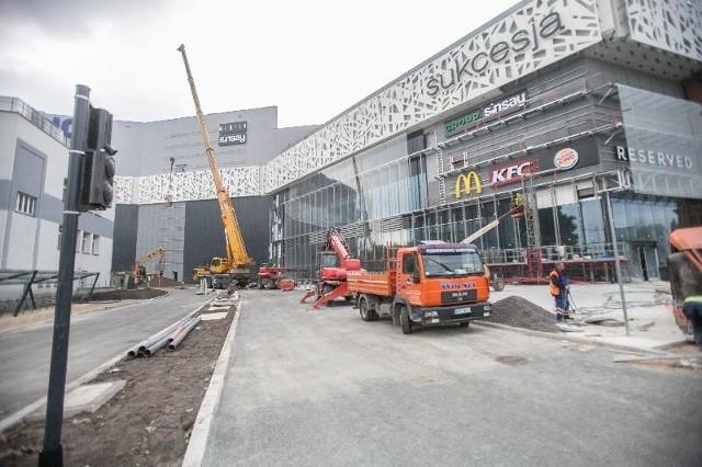 Centrum handlowe wybudowało dla siebie ul. Wołową, a miasto dorzuca w prezencie skrzyżowanie.