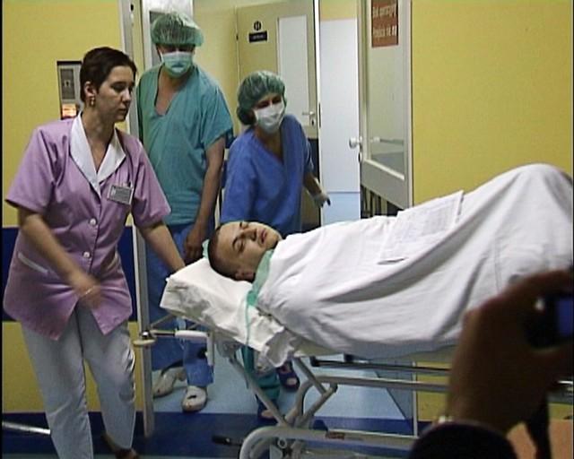 Stan rannego policjanta jest już stabilny, ale rana zadana przez napastnika była bardzo poważna.