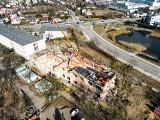 Trwa rozbudowa szkoły na Podolanach. Powstało już pierwsze piętro, wkrótce rozpoczną się też prace przy budowie nowej auli