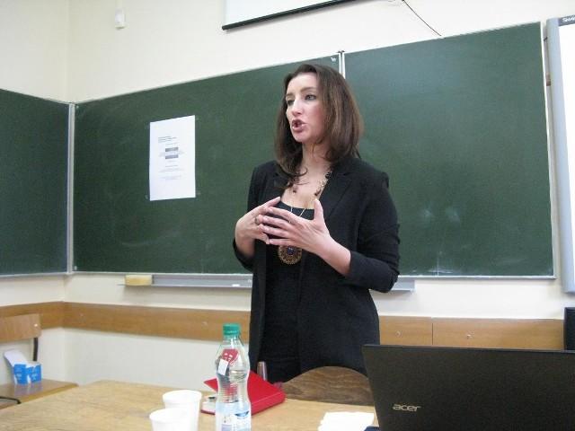 Dr Marta Widy-Behiesse