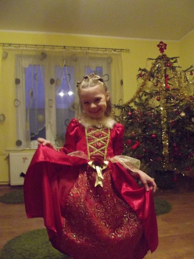 Nadia Przewoźna, DrezdenkoNadia ma 8 lat. Jest prześliczną, pełną wdzięku dziewczynką liczącą na Państwa poparcie. Zachęcam do głosowania :DKLIKNIJ i zgłoś dziecko do naszej akcji >>