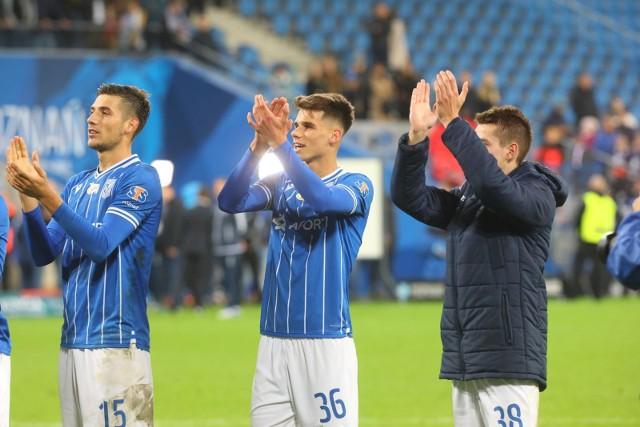 Filip Marchwiński (w środku) strzelił już trzy gole dla Lecha Poznań.