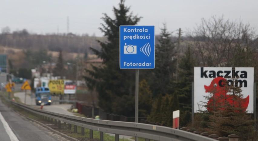 """Zwolnij, tutaj fotografują! Miejsca, w których fotoradary w Podlaskiem """"łapią"""" najwięcej kierowców [ZDJĘCIA]"""