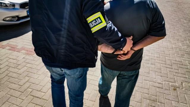 Podejrzany został zatrzymany półtora miesiąca po kradzieży. Był zaskoczony wizytą mundurowych