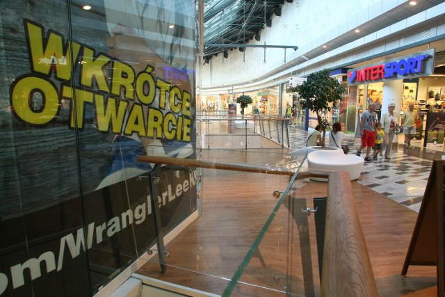 W Galerii Korona zamknięte do tej pory lokale wkrótce, zdaniem dyrekcji, będą czynne.