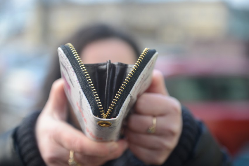 Decyzja UOKiK: Siedem banków musi zwrócić klientom pieniądze. Korzystasz z usług któregoś z nich? Sprawdź, na co możesz liczyć