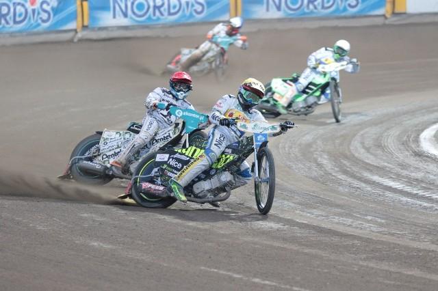 Falubaz Zielona Góra pokonał GKM. Mecz zakończył się wynikiem 55:35.