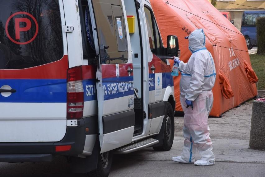33 nowe przypadki zakażenia koronawirusem w Polsce. Przyczyną śmierci 27-latki nie był SARS-CoV-2