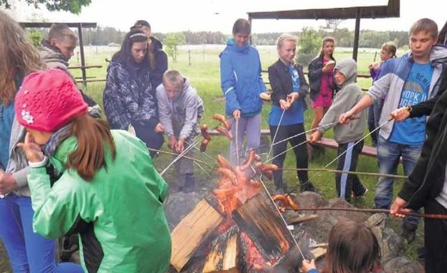 Kulminacyjnym momentem wyprawy było ognisko i pieczone kiełbasy