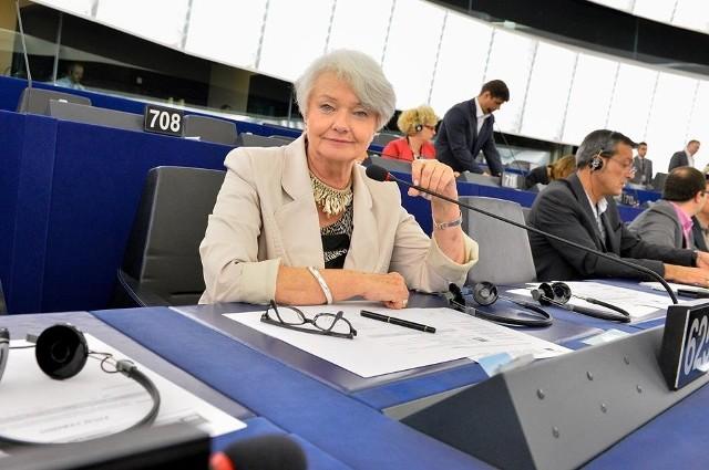 Posłanka Krystyna Łybacka reprezentuje w Parlamencie Europejskim ugrupowanie Socjalistów i Demokratów.