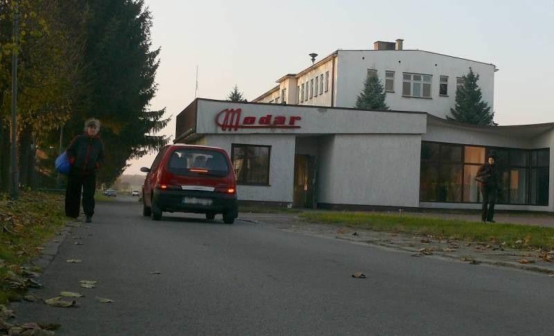 Staszowski Modar ma nowego właściciela. Skarb Państwa sprzedał niemal 94 procent udziałów spółce Hako z Warszawy. W zakładzie pracuje ponad 130 osób. Prywatyzacja ma dać firmie szansę wyjścia na prostą.