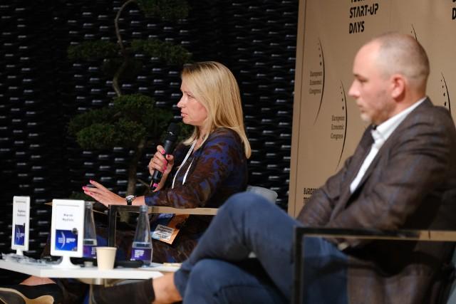 """Panel """"Marketing w cyfrowym świecie"""" z udziałem Magdaleny Chudzikiewicz, członkini zarządu PPGZobacz kolejne zdjęcia. Przesuwaj zdjęcia w prawo - naciśnij strzałkę lub przycisk NASTĘPNE"""