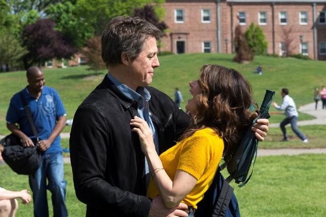 Hugh Grant i Marisa Tomei to ekranowa para, między którą jest chemia, a aktorka urokiem pokonuje nawet gwiazdora komedii romantycznych