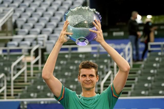 """Zwycięstwo Hurkacza w USA i awans w rankingu ATP. """"Celem jest poprawa gry"""""""