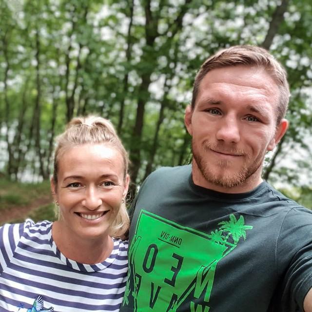 Tadeusz Michalik z żoną Pauliną Trawińską będzie mógł teraz odpocząć na łonie natury