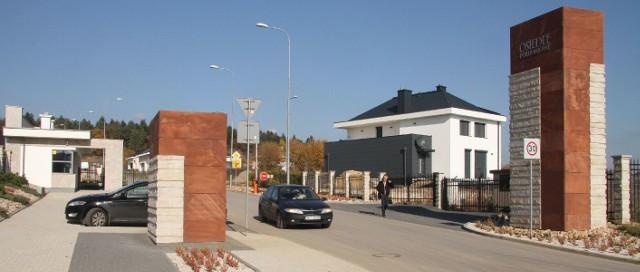 Osiedle Południowe w KielcachNa osiedlu działa już ochrona, kilka rodzin już mieszka.