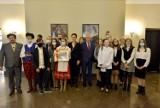 Dzieci z Wejherowa, Gniewu i Starogardu Gdańskiego w Pałacu Prezydenckim w Warszawie. To inicjatywa prezydenckiego doradcy Marcina Drewy