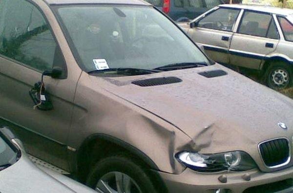 Tym samochodem potrącono pieszego. Według prokuratury auto prowadził Wiesław G.