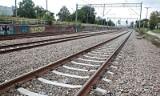 Śmiertelny wypadek w Malborku. Mężczyzna potrącony przez pociąg? Policja wyjaśnia przyczynę tragedii