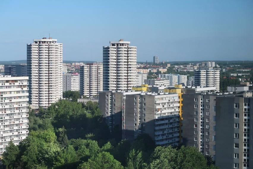 Osiedle Tysiąclecia tuż przy Parku Śląskim. Ceny mieszkań -...