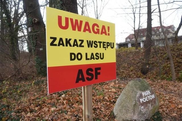 Nadal obowiązuje zakaz wstępu do lasów.