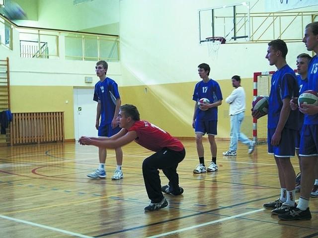 Zawodnicy Technikum Leśnego w Białowieży mogą zaliczyć obecny sezon do udanych. Na zdjęciu: drużyna podczas Turnieju o Puchar Wójta Gminy Białowieża.