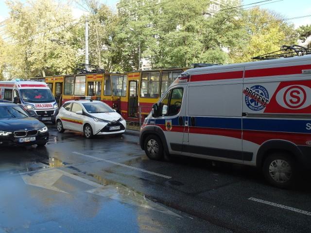 Wypadek tramwajów MPK Łódź. Ranni pasażerowie. Zderzenie na al. Kościuszki