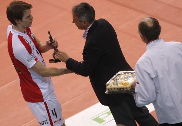 Asseco Resovia - AZS UWM Olsztyn Asseco Resovia pokonala u siebie AZS UWM Olsztyn3:1.