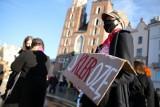 Sąd Apelacyjny w Gdańsku utrzymał wyrok. 300 tys. zł dla ofiary księdza pedofila