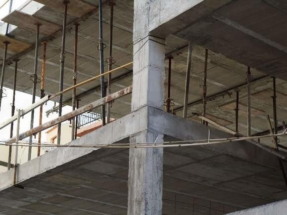 Budowa mieszkań w BiłaymstokuNowe bloki w Białymstoku. Budują je spółdzielnie Rodzina Kolejowa, Słoneczny Stok i Budowlani
