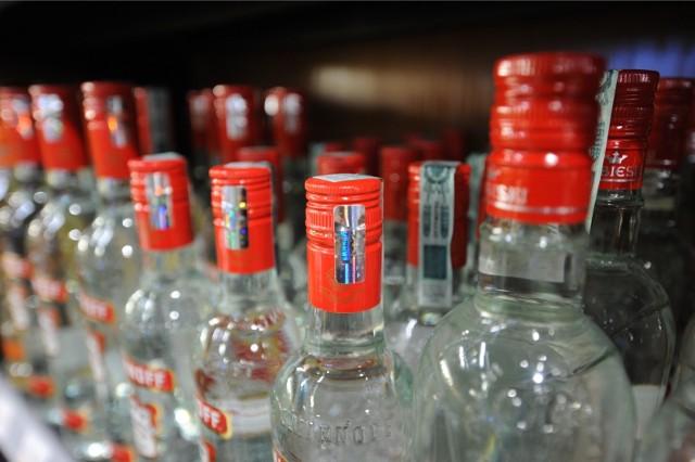 Wódka środkiem na koronawirusa? Polska wódka, a dokładniej spirytus rektyfikowany 96% znika ze sklepów w Japonii.
