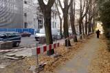Na ulicy Karola Miarki w Opolu powstają miejsca parkingowe