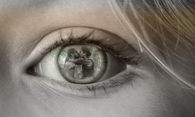 Zastanawiasz się, czy twój mąż cię zdradza? Zobacz 10 najczęstszych sygnałów, które mogą świadczyć o zdradzie. Jeśli twój mąż lub partner się tak zachowuje, powinno ci to dać do myślenia!O tym, jak poznać, czy mąż cie zdradza, przeczytasz na kolejnych slajdach. Naciśnij strzałkę w prawo lub przesuń zdjęcie gestem.Zobacz także wideo: Psycholog o zdradzieźródło: Dzień Dobry TVN/x-news