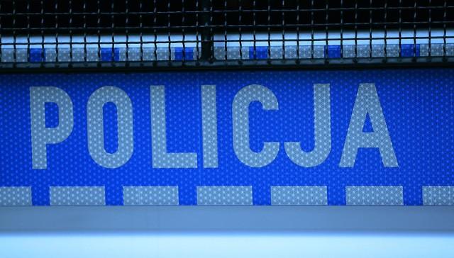Policjant z Gdańska sprzedawał dane z policyjnej bazy windykatorom nieruchomości. Grozi mu więzienie