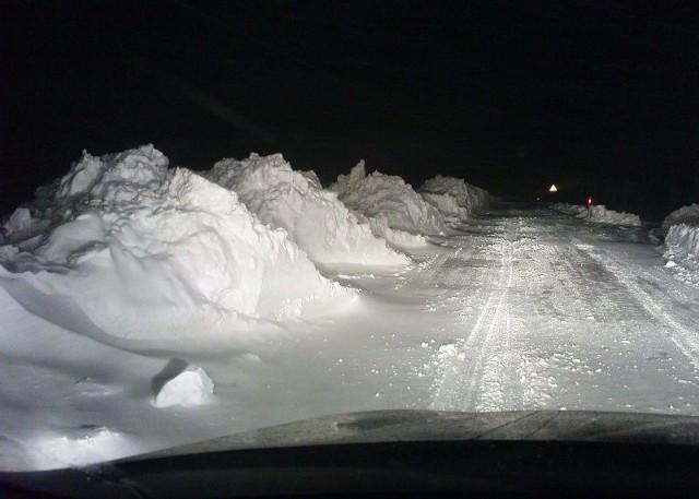 Tak wygląda droga koło Przybiernowa.