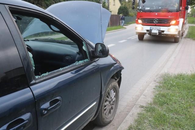 W Laskowicach w powiecie świeckim zderzył się samochód osobowy z ciężarowym