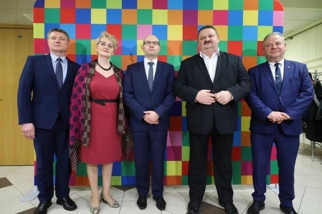 Zarząd województwa podlaskiego (od lewej): Marek Malinowski, Wiesława Burnos, Artur Kosicki, Stanisław Derehajło, Marek Olbryś