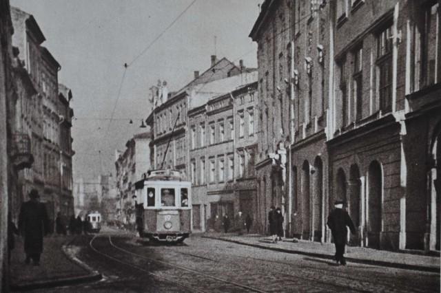 Burgstrasse. Taką nazwę miała w czasie niemieckiej okupacji obecna ulica Grodzka