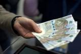 Banknot 500 zł dostępny w wybranych bankomatach w Polsce. Jakie ma zabezpieczenia?