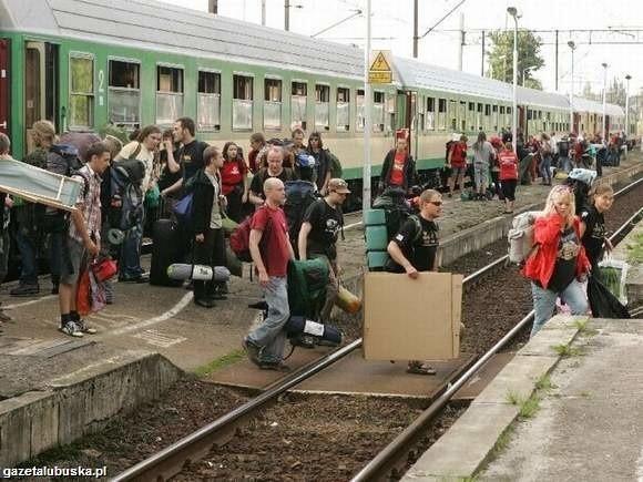 """A po koncertach wsiądź do pociągu o nazwie """"gazetalubuska.pl""""."""